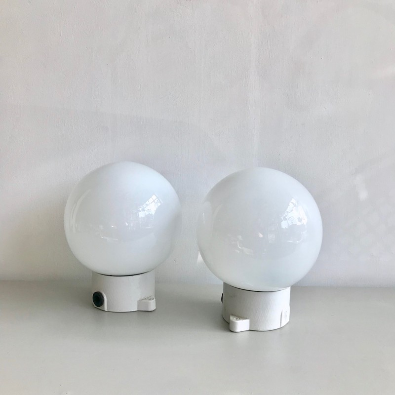 Ceramic Opaline Wall lights-agapanthus-interiors-Ceramic Opaline Wall Lights-main-636739938472904038.jpg