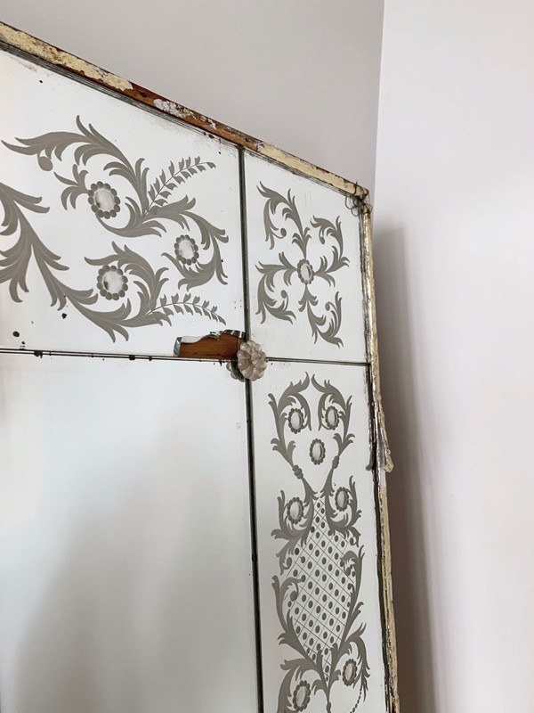 Venetian Mirror with Acid Etched Pattern-agapanthus-interiors-venetian-mirror-with-acid-etched-pattern-8-main-637019113715792406.jpeg