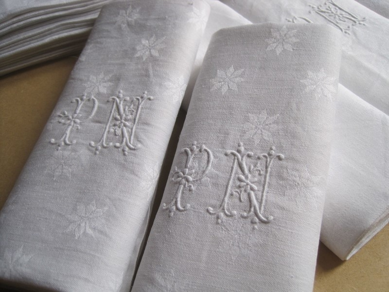 12 excellent French linen damask napkins PN mono -amanda-leader-416nf19-12-pn-damask-napkins-0011-main-637019135005694088.jpg