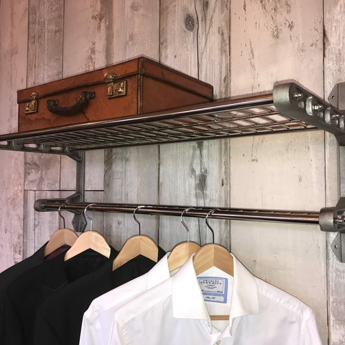Train luggage rack with nickel shelf