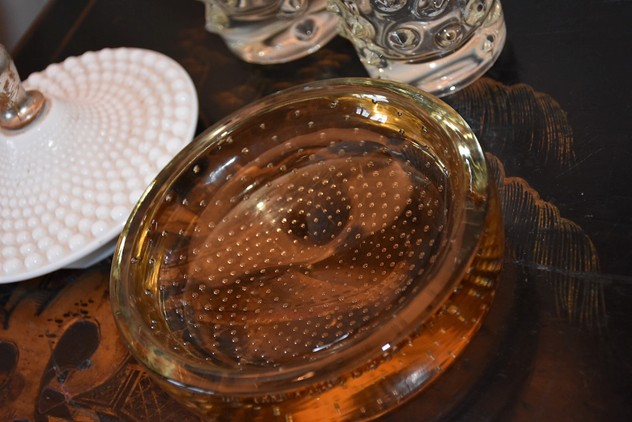 1960s amber glass dish-antiques-and-decorative-1hundred-PIC_0369_main_636211460709495268_large_main_636463725845861487.jpg
