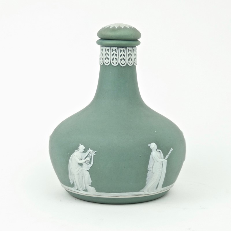 Wedgwood liqueur bottle-appleby-antiques-f18785b-green-jasper-bottle-main-636846381634041700.jpg