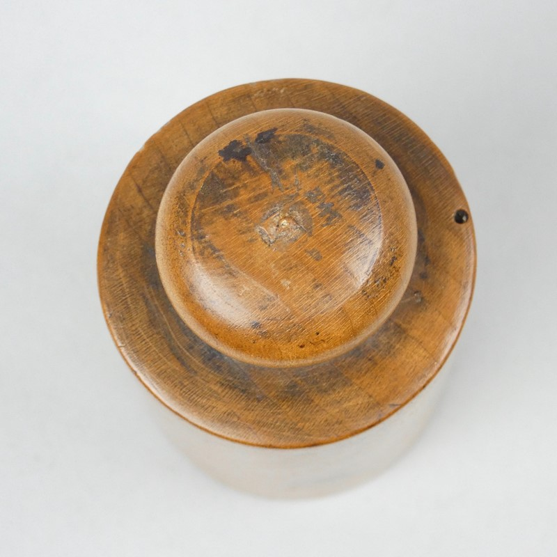 Very small, wooden pie mould-appleby-antiques-g19795e-small-pie-mould-main-637302549241386288.jpg