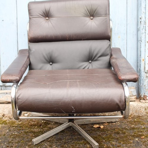 Chrome and leather Pirelli 1970s swivel chair