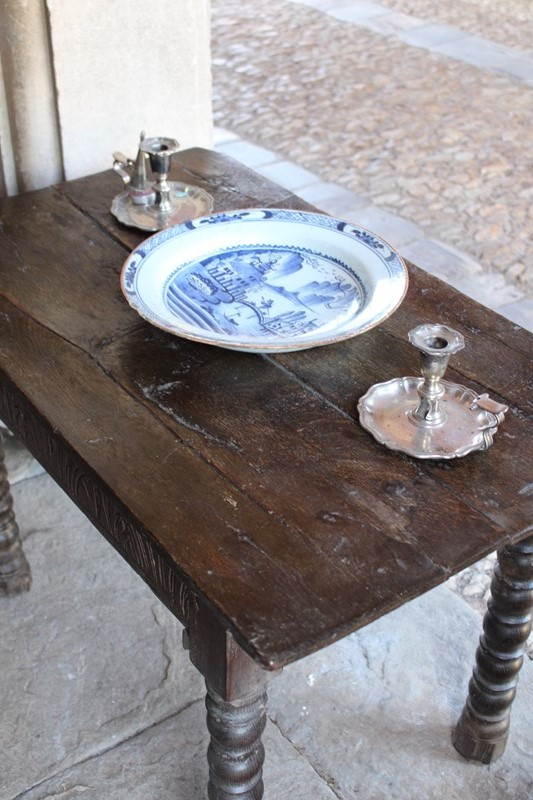 Early !8th Century bobbin legged side table-archgothic-img-0382-main-637322277314714667.JPG