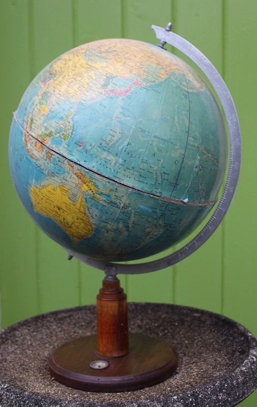 Around the World... art deco globe-archgothic-img-6737-main-637100221109194417.JPG