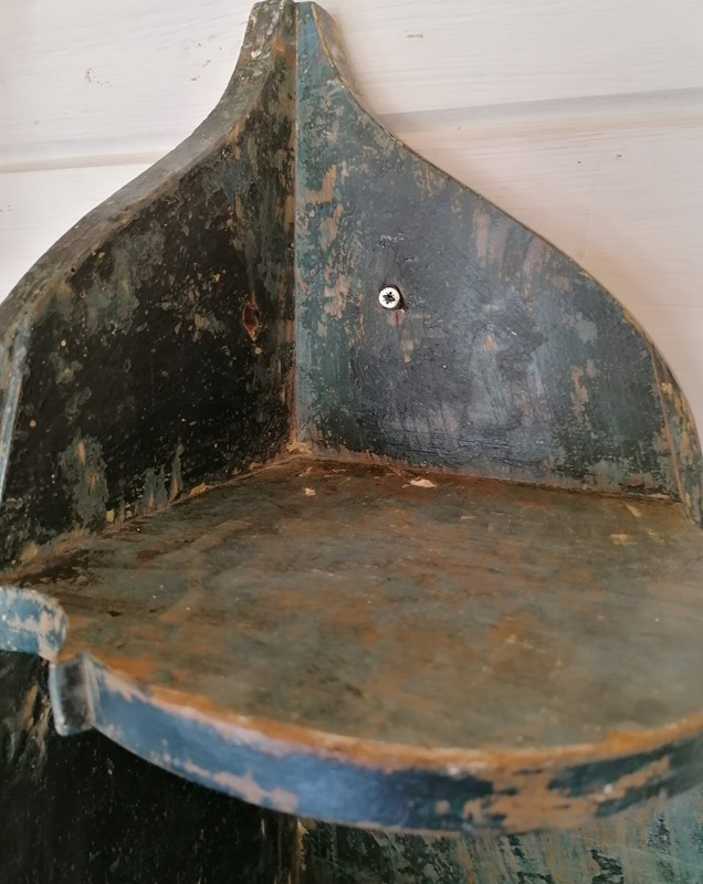19th C Painted Pine Corner Shelf-b-and-r-antiques-img-20200820-172537-2-main-637340643216408536.jpg