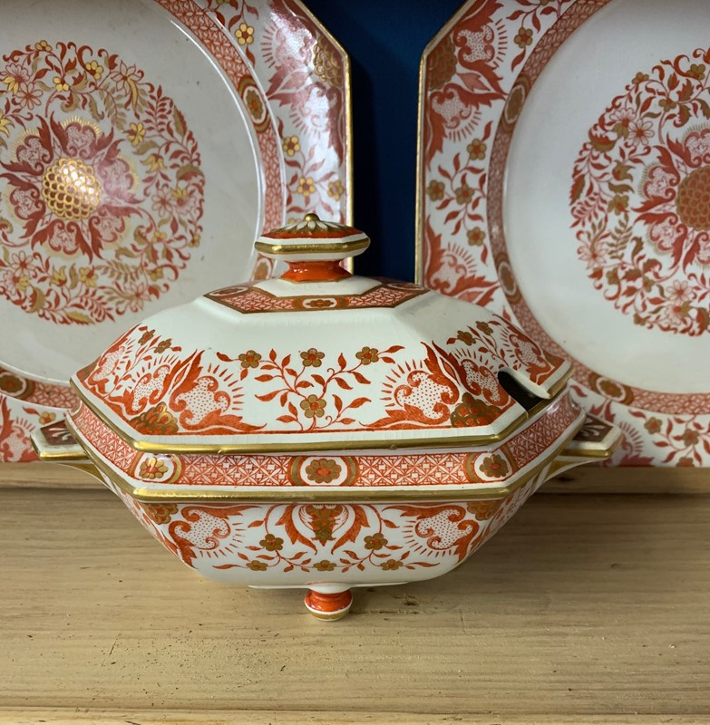 Minton Part Dinner Service-beth-cuttell-antiques-img-3275-1-main-637225759071427476.jpg