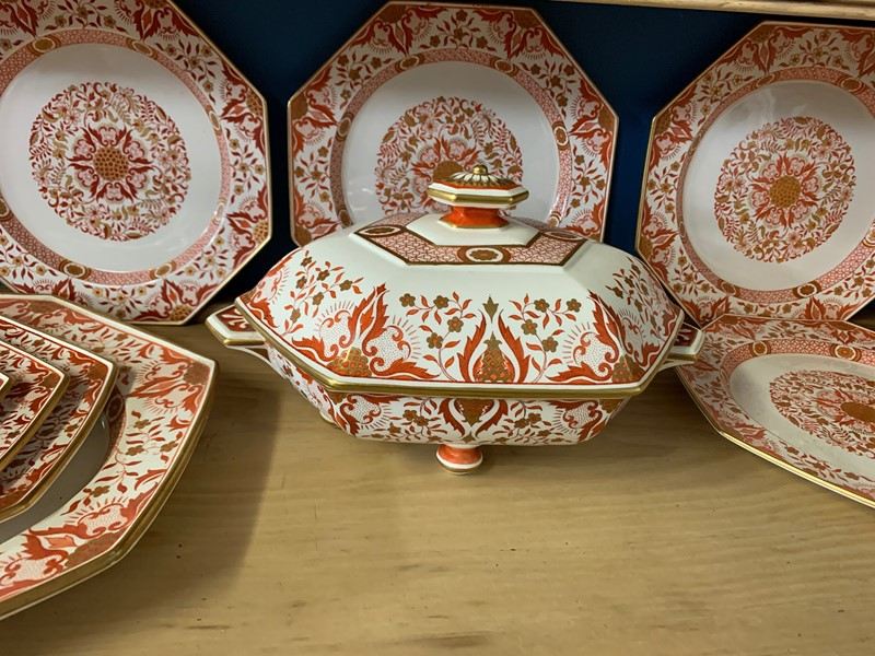 Minton Part Dinner Service-beth-cuttell-antiques-img-3279-main-637225773374814340.jpg
