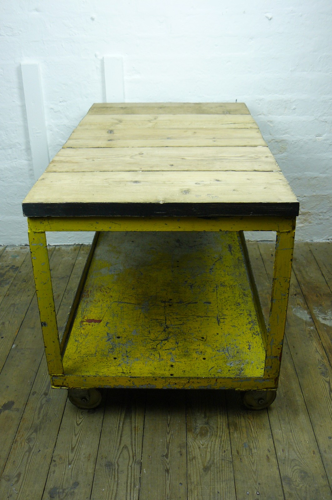 Vintage Pine And Metal Wheeled Factory Trolley The Hoarde # Meuble Tv Factory