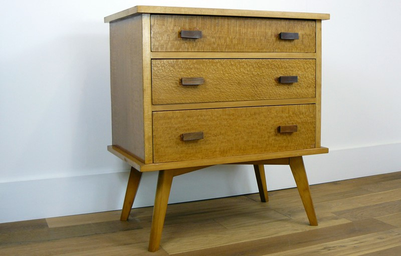 Mid Century Burred Sycamore Chest of Drawers-billy-hunt-Mid Century Blurred Sycamore Chest of Drawers_0001_P1280366-main-636779052338428344.jpg