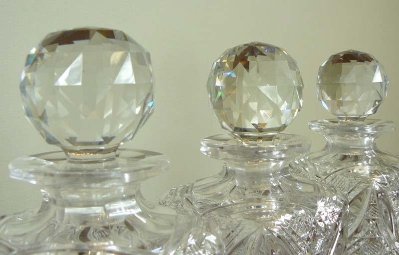 Set of 3 Edwardian Cut Glass Spirit Decanters-billy-hunt-edwardian-cut-glass-decanters-0004-p1390027-main-637329112239480444.jpg