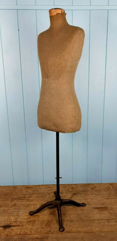 1920s Tailor's Dress Form Hall Borchert-clantiques-il-1140xn2526234761-5xgh-main-637348134187650034.jpg