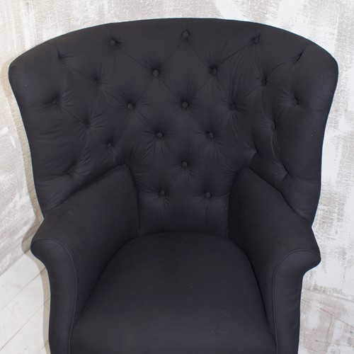 Georgian Deep Button - Back Wing Chair