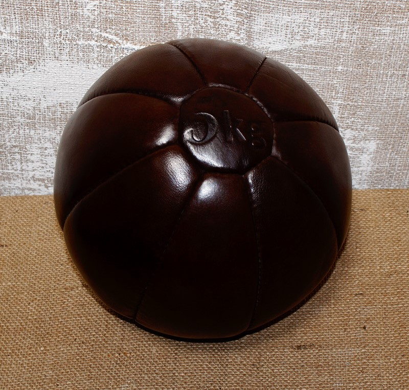 Leather 5kg Medicine Ball-clubhouse-interiors-ltd--dsc0986-main-637262776652414426.jpeg