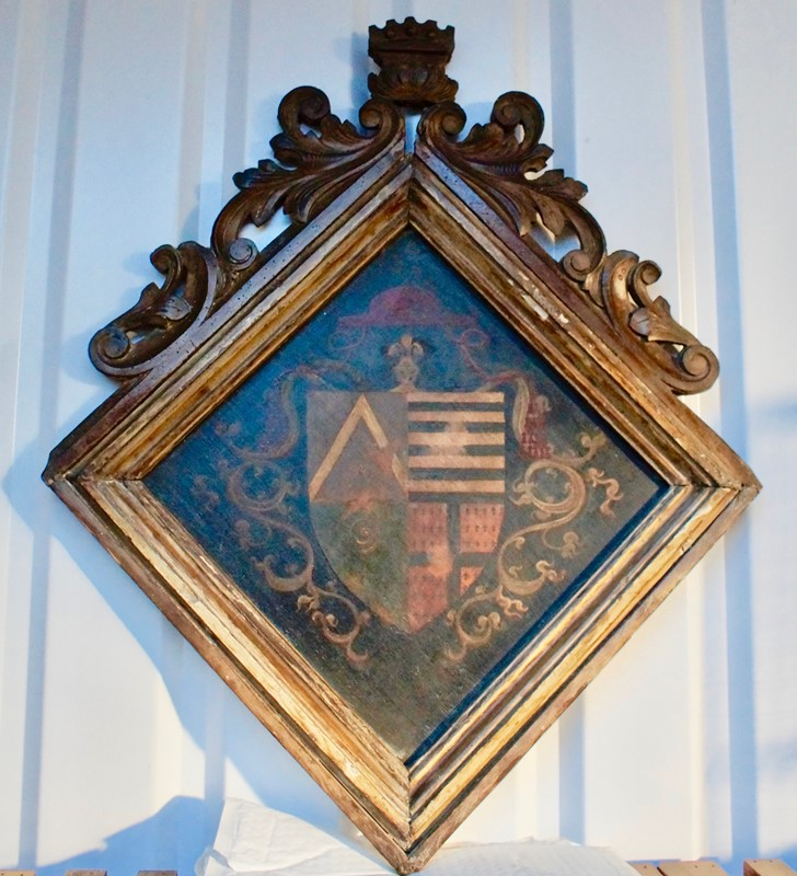 18th  Century Heraldic Family Crest -clubhouse-interiors-ltd--dsc7593-main-636843630526192880.jpg