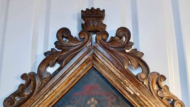 18th  Century Heraldic Family Crest -clubhouse-interiors-ltd--dsc7594-main-636843631189883273.jpg