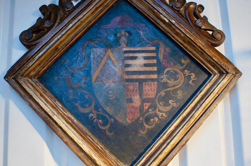 18th  Century Heraldic Family Crest -clubhouse-interiors-ltd--dsc7595-main-636843631219882634.jpg