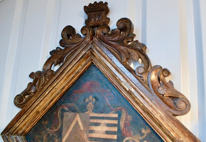18th  Century Heraldic Family Crest -clubhouse-interiors-ltd--dsc7596-main-636843631252382468.jpg
