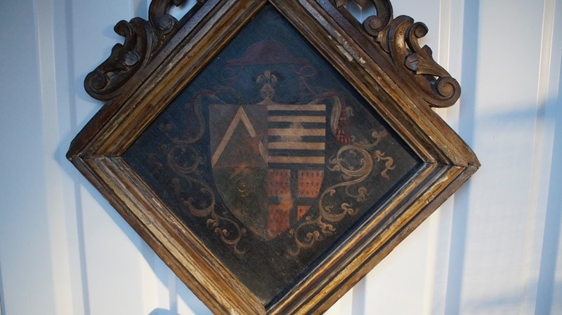 18th  Century Heraldic Family Crest -clubhouse-interiors-ltd--dsc7599-main-636843631351755819.jpg