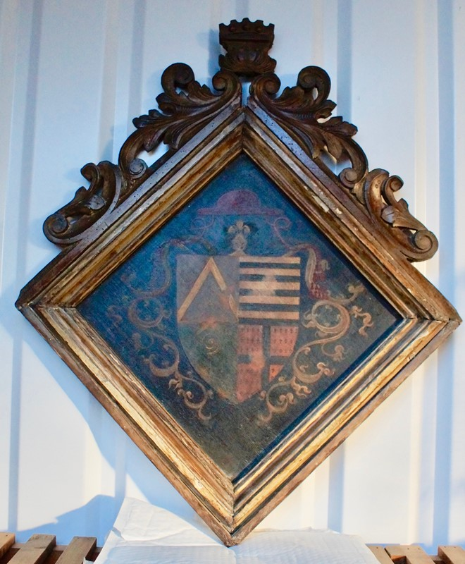 18th  Century Heraldic Family Crest -clubhouse-interiors-ltd--dsc7604-main-636843631564878385.jpg