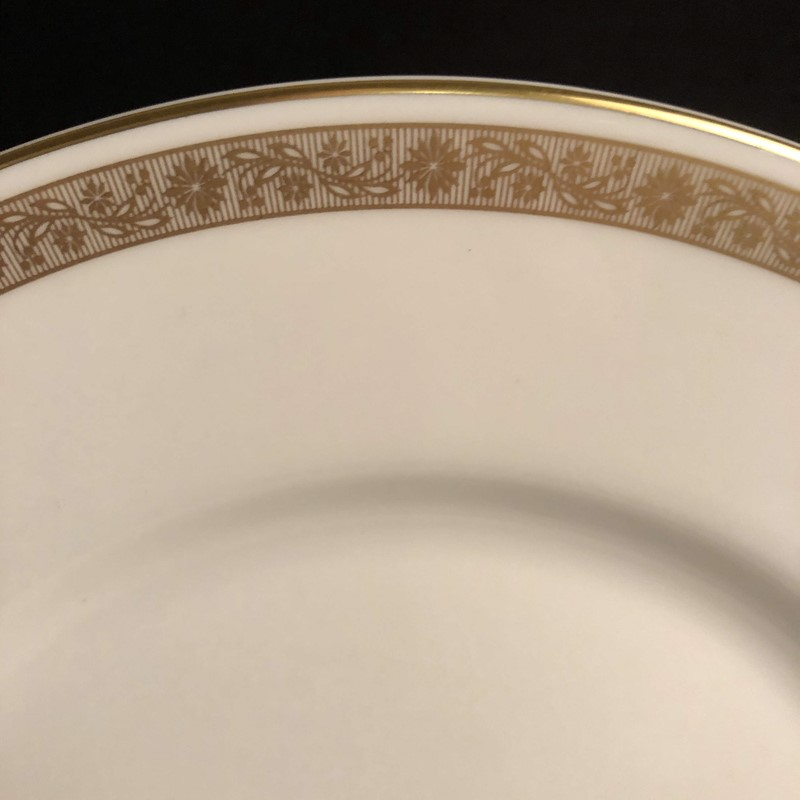 8 Royal Worcester Salad Plates-collier-antiques-img-5265-main-637485707504040086.jpg