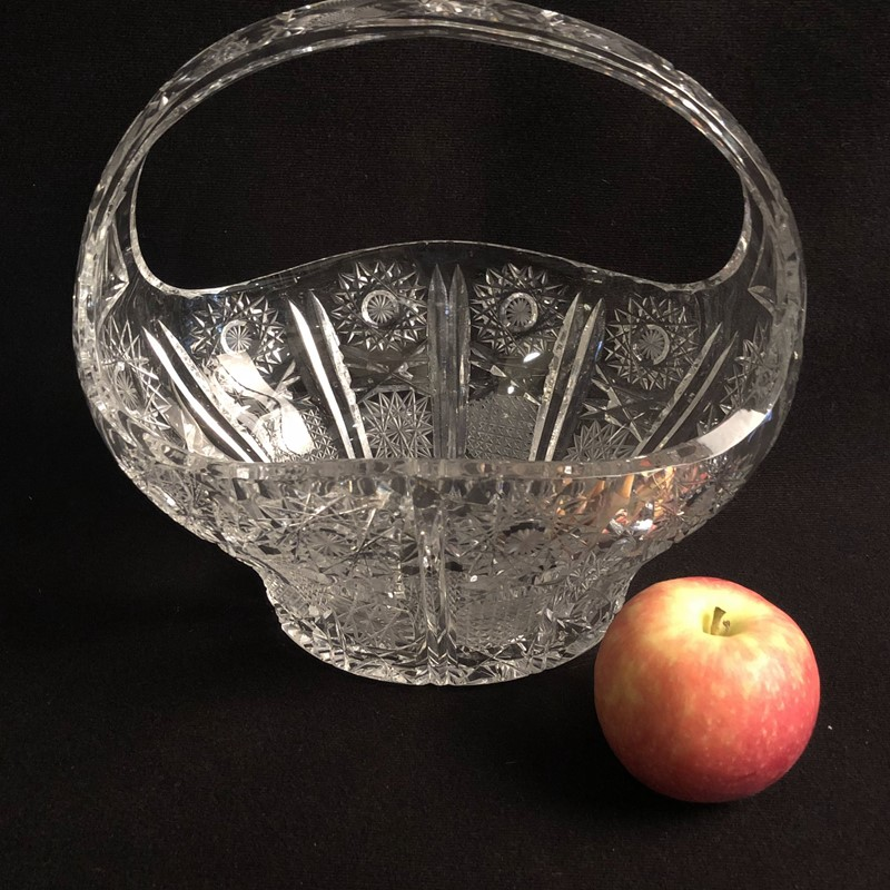 Large Cut Crystal Glass Bowl-collier-antiques-img-6570-main-637499459267041474.jpg