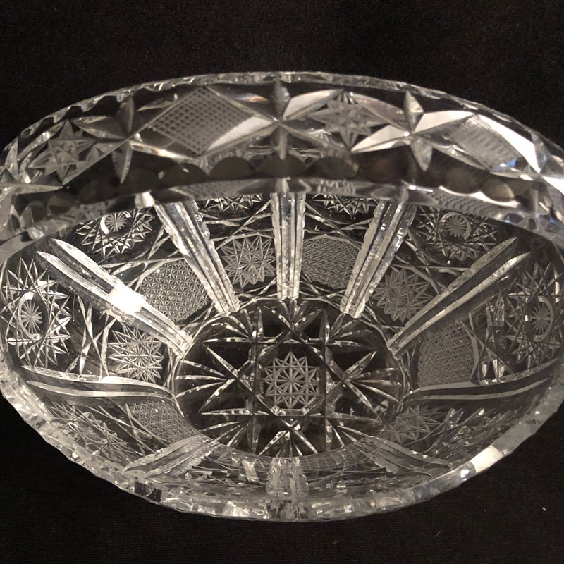 Large Cut Crystal Glass Bowl-collier-antiques-img-6573-main-637499459880791011.jpg