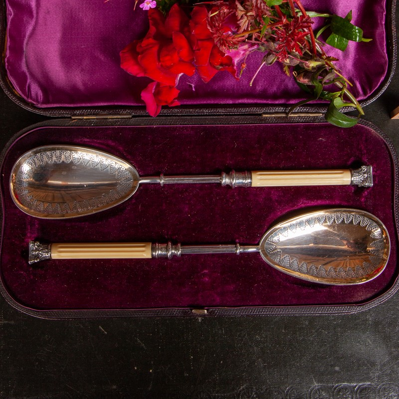 A Cased Set of Victorian Serving Spoons-collier-antiques-rj00523-2-main-637389698860088331.jpg