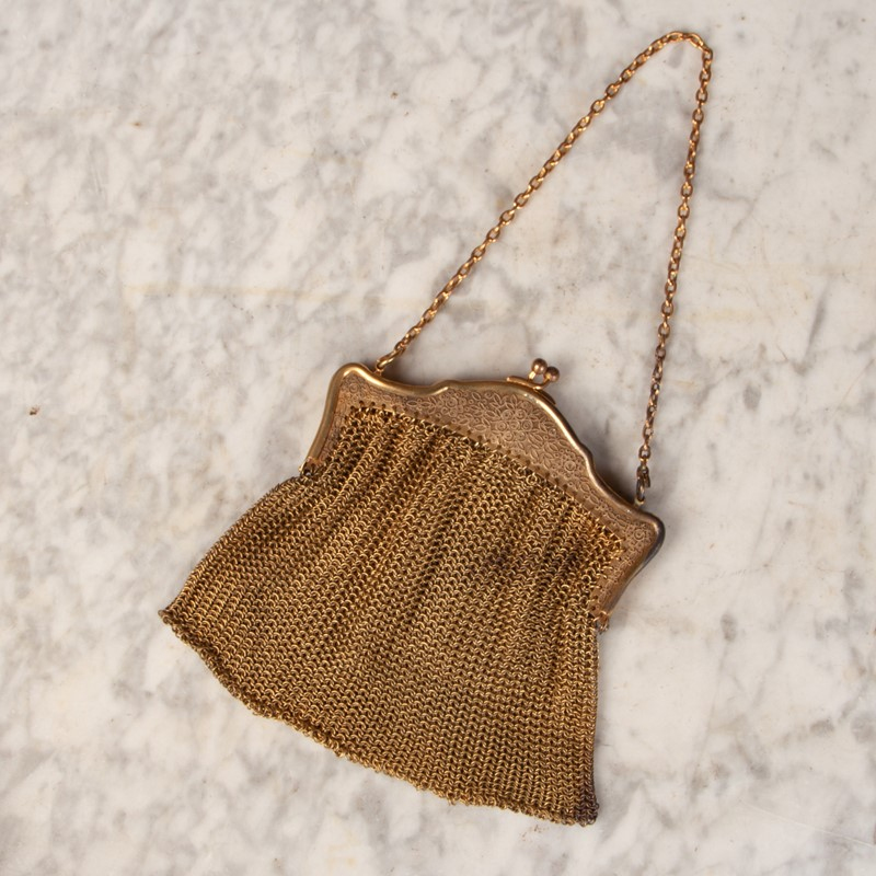 An Early 20th Century Gilt Mesh Purse-collier-antiques-rj00772-4-main-637401816204368963.jpg