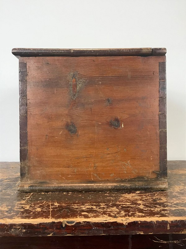 Antique Pine Box-decorative-antiques-by-hamish-webster-img-6109-main-637177116927803547.jpg