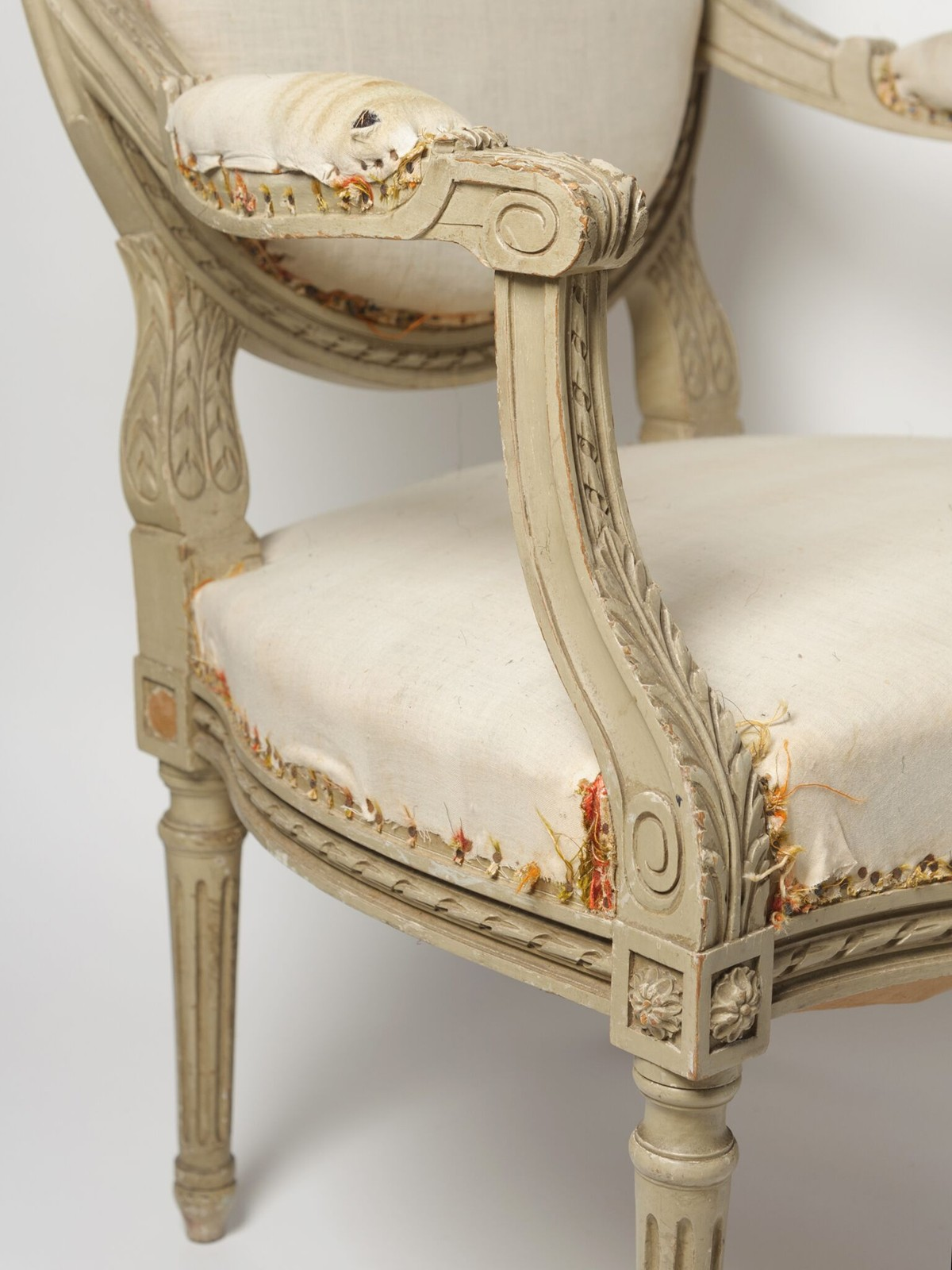 Zoom; PAIR BEAUTIFUL ANTIQUE FRENCH LOUIS XVI CHAIRS Decorative Antiques  Uk Chairs70_main_636283959217465598.
