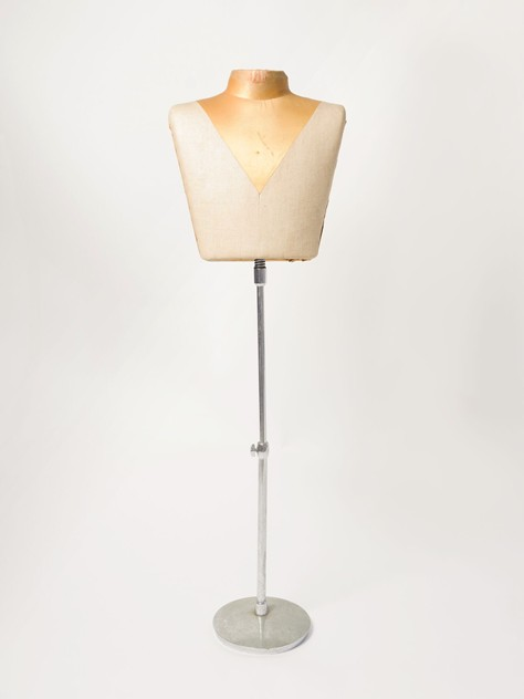 1930's Harris And Sheldon Tilt Bust Mannequin-decorative-antiques-uk-mann48_main_636337614139879898.jpg
