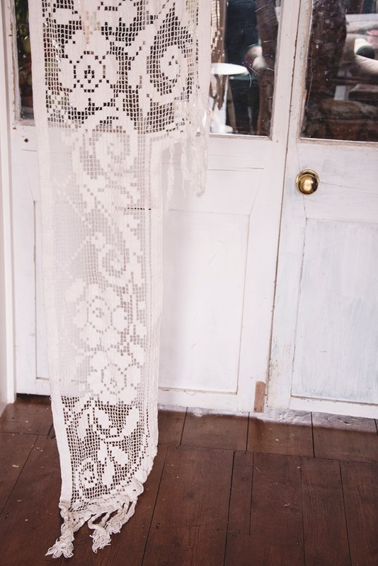 Antique French Filet Lace Chateau Curtain-dig-haushizzle-antiquefrenchlace-main-637033779492004037.jpg
