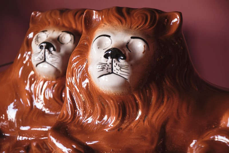 a pair of ceramic lions-dig-haushizzle-doubleleonard9-main-636879152801506480.jpg