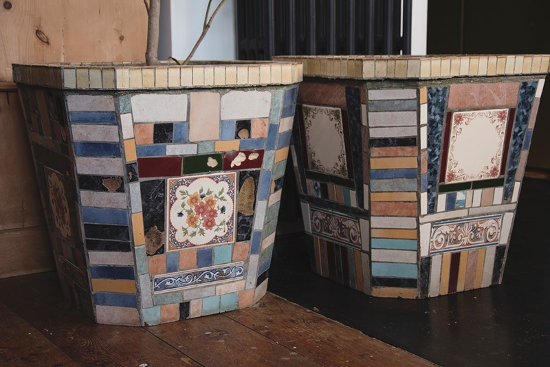 A Pair Of Mosaic Tube Style Planters -dig-haushizzle-eddmosaic11-main-636833218078236665.jpg