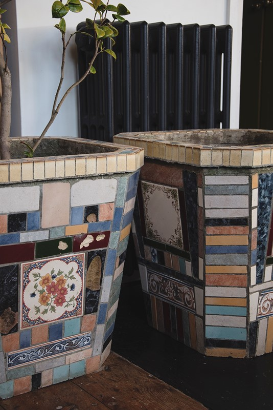 A Pair Of Mosaic Tube Style Planters -dig-haushizzle-eddmosaic19-main-636833218542198411.jpg