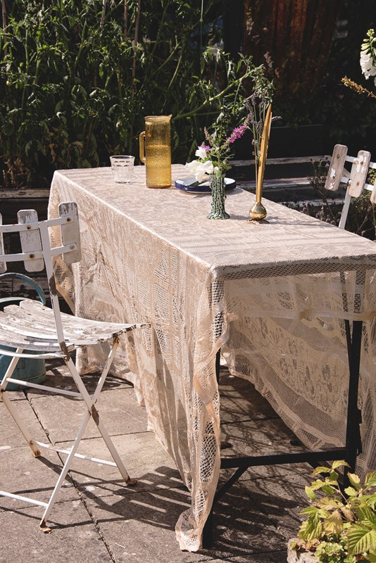 Gold Lace Tablecloth #2-dig-haushizzle-simplevintagetextiles-main-636985525171557955.jpg