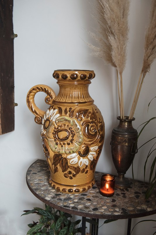 Oversized west german ceramics - scheurich-dig-haushizzle-verylargevintageurn-main-637181522105148190.jpg