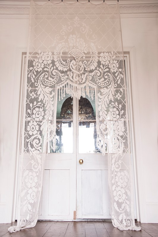 Antique French Filet Lace Chateau Curtain-dig-haushizzle-vintgaefrenchchateuxcurtain-main-637033779000435644.jpg