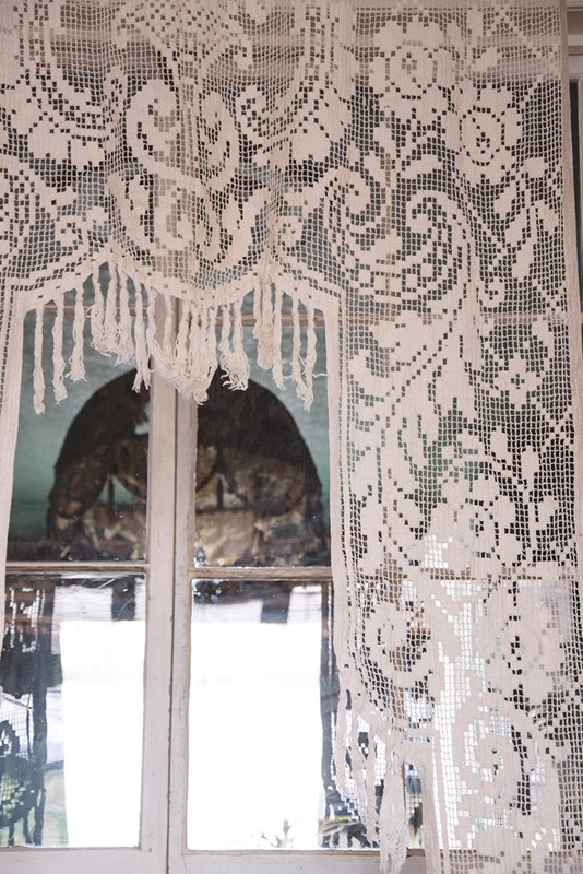 Antique French Filet Lace Chateau Curtain-dig-haushizzle-vintgaefrenchlacelargedoorcurtain-main-637033779692784252.jpg