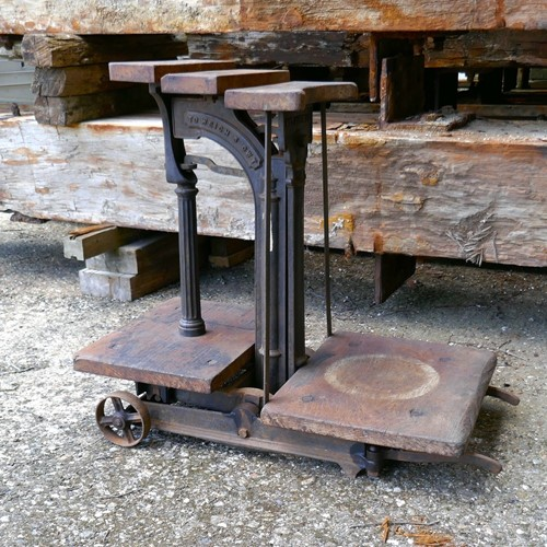 Cast Iron Sack Scales by W&T Avery Ltd