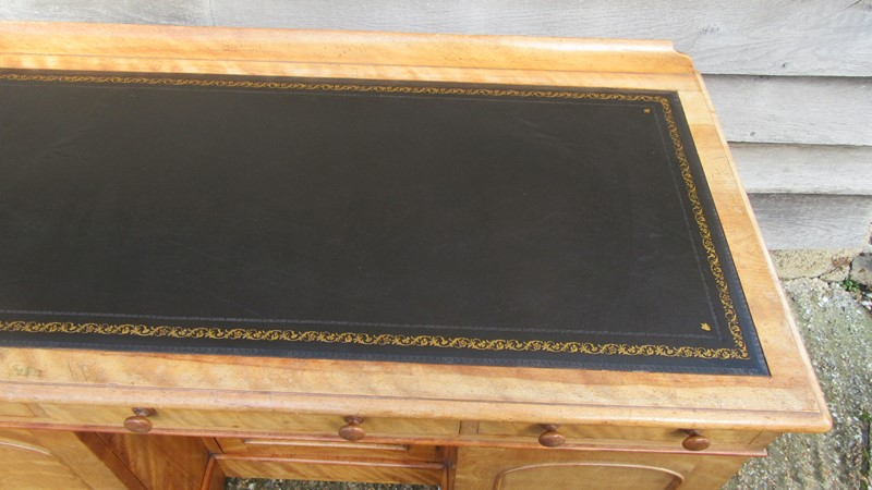 Antique Victorian Satinwood Writing Desk -eras-of-style-img-0225-main-637389768161834324.JPG