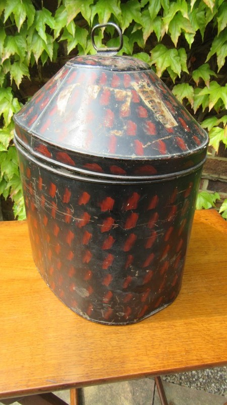 Antique Military Hat Tin / Box -eras-of-style-img-6514-main-636938642695659030.JPG