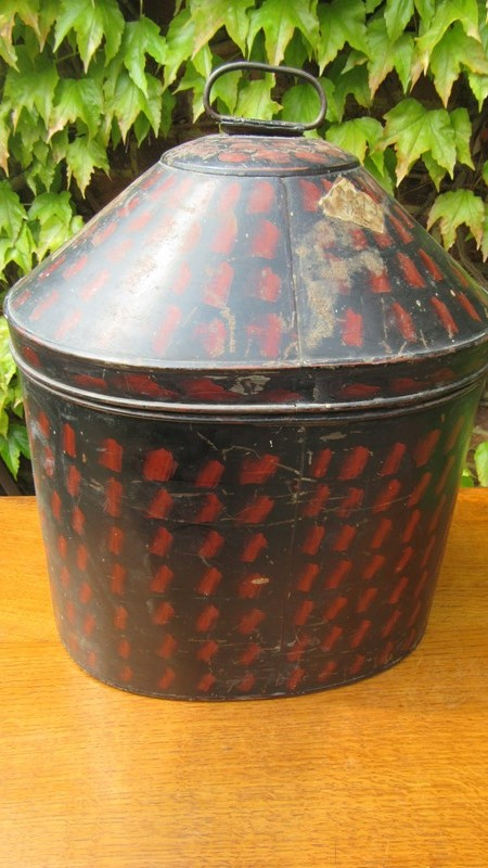 Antique Military Hat Tin / Box -eras-of-style-img-6515-main-636938642703470739.JPG