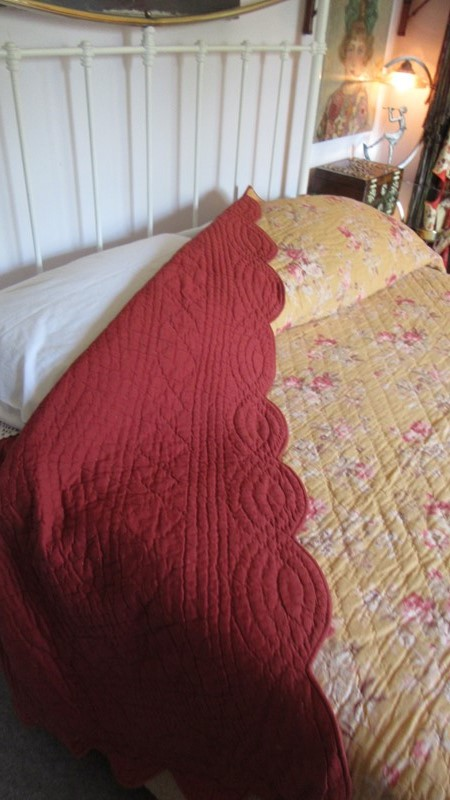Antique Durham Bed Cover -eras-of-style-img-6596-main-636939625191171626.JPG