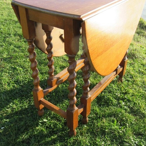 1930S Oak Barley Twist Gateleg Table