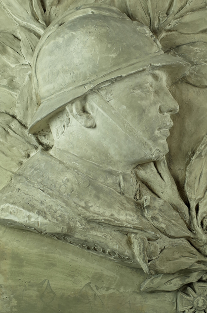 Large Plaster Plaque of Soldier-fontaine-decorative-FON0607_E_main_636360752204253420.png