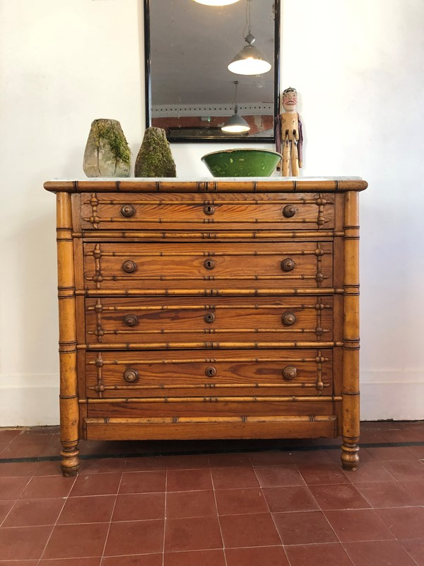 A faux bamboo chest of drawers-franklin-hare-6a551ce4-4c6a-46a3-a8c9-11eb5274dc2b-main-637055898990632118.jpeg