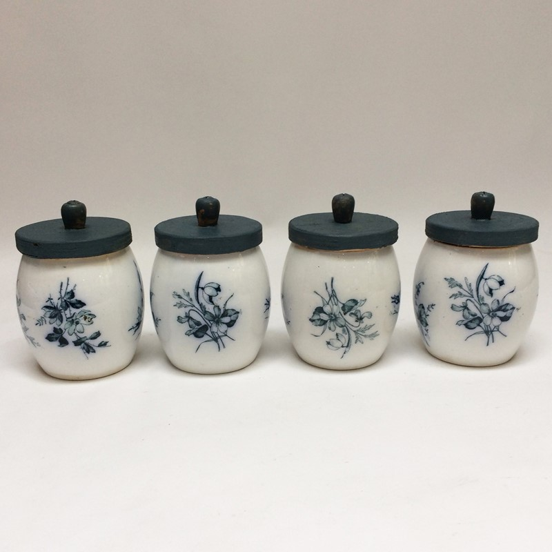 4 Little German Spice Jars-general-store-no-2-1-main-637299065484710652.JPG